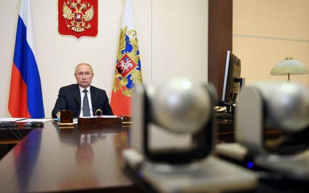 Las autoridades rusas declararon que la vacunación tendrá carácter voluntario y que realizarán estudios de entre cuatro y seis meses para dar seguimiento a los resultados.