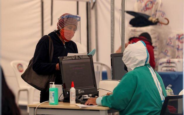 Pichincha sigue aglutinando la cifra más numerosa de casos, 23.381, 298 nuevos contagios respecto a la víspera. Foto: EFE