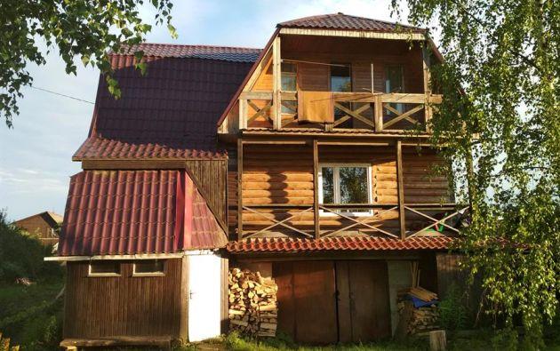 Las dachas o casas de campo rusas se han convertido en el mejor refugio contra el coronavirus. Foto: EFE.