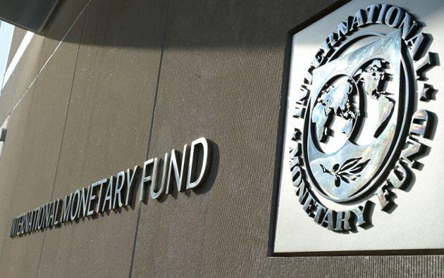 El programa respaldado por el Fondo tiene como objetivo primario ayudar a las autoridades ecuatorianas a estabilizar la economía.