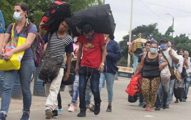 """La gran mayoría de migrantes venezolanos entró en tránsito """"hacia otros países del sur"""". Foto referencial de EFE."""
