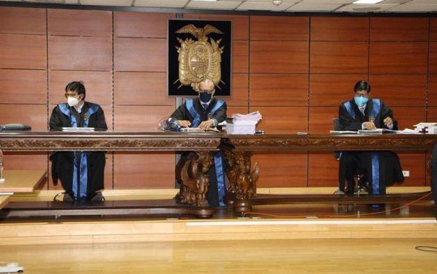 Los jueces permitieron la participación de varios de los sentenciados, entre ellos el expresidente Rafael Correa.Foto: EFE