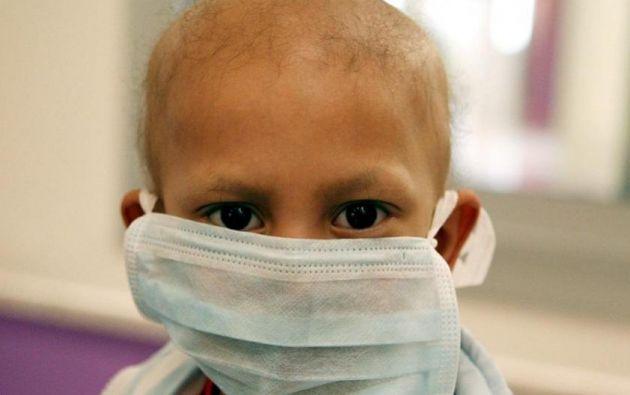 Niño con cáncer. Foto referencial:EFE