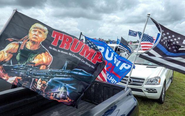 Miles de partidarios de Trump asisten a una caravana llamada 'La madre de todas las caravanas' en Miami, Florida, EE. UU., 13 de septiembre de 2020. Foto: EFE