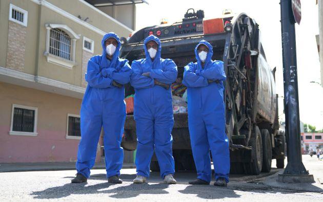 Trabajadores de Puerto Limpio. Foto: Municipio de Guayaquil
