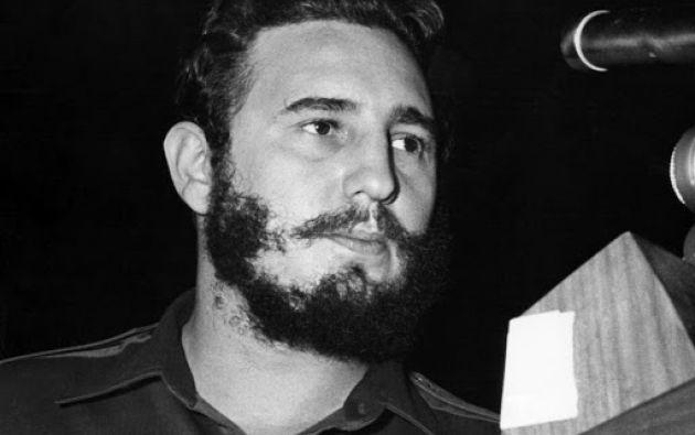 Una entrevista en 1959, Fidel Castro asegura que en Cuba habrán elecciones democráticas.