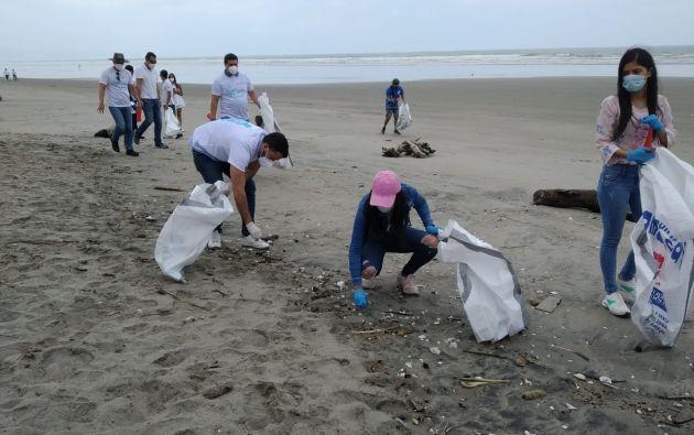 """La iniciativa """"propone motivar en la ciudadanía acciones que logren sumar grandes cambios como el reciclaje, la reutilización y minimización de los residuos, la separación en la fuente y el consumo sostenible"""", dijo el ministro del Ambiente y Agua, Paulo Proaño."""
