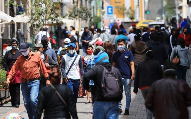 Ciudadanos de Quito, Ecuador. Foto: EFE
