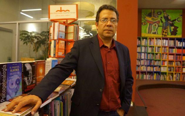 Alberto Salcedo durante una presentación de un libro en Lima, Perú, en 2014. Foto: El País