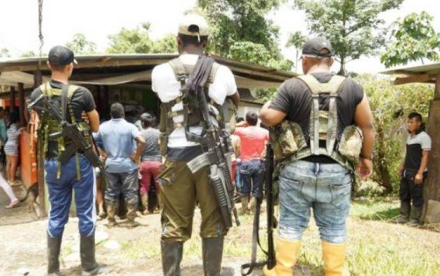 El enfrentamiento ocurrió en la vereda (aldea) de Inda Sabaleta, habitada principalmente por indígenas de la comunidad Awá y ubicada en el convulso municipio de Tumaco, frontera con Ecuador. Foto: @Ccajar