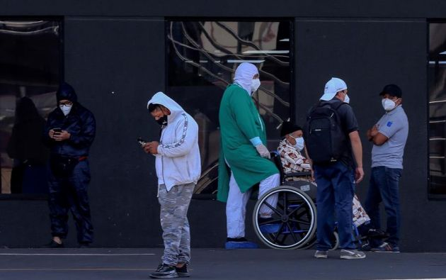 La curva epidemiológica en septiembre no cede, sigue una tendencia ascendente. Foto: EFE