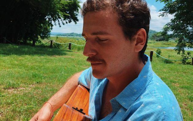 El cantautor Diego Gallardo.