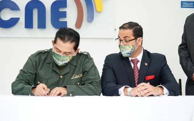 El binomio Lucio Gutiérrez y David Noreno presentaron su inscripción por el Partido Sociedad Patriótica (PSP).