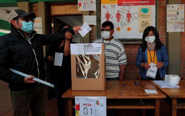 Hasta el momento, dos países latinoamericanos, República Dominicana y Uruguay, han celebrado elecciones en tiempos de pandemia. Foto: EFE