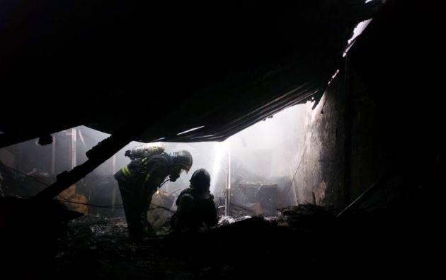 El Cuerpo de Bomberos de Quito indicó que no hubo víctimas mortales ni heridos, únicamente daños materiales.