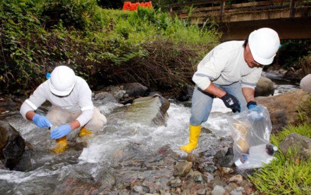 SolGold, responsable con el cuidado del ambiente en las zonas donde opera, realiza mensualmente en el proyecto de Cascabel, un proceso técnico de monitoreo de agua, en puntos estratégicos del área concesionada.