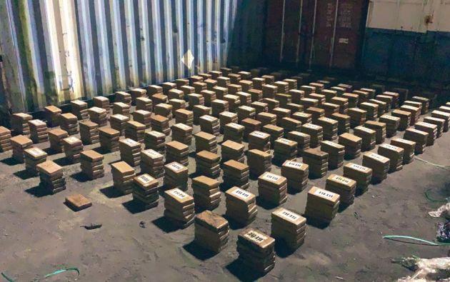 El contenedor, procedente de Guayaquil, fue revisado en el Puerto de Cristóbal, Provincia de Colón. Allí se encontraron 776 paquetes de droga. Foto: @MinSegPma