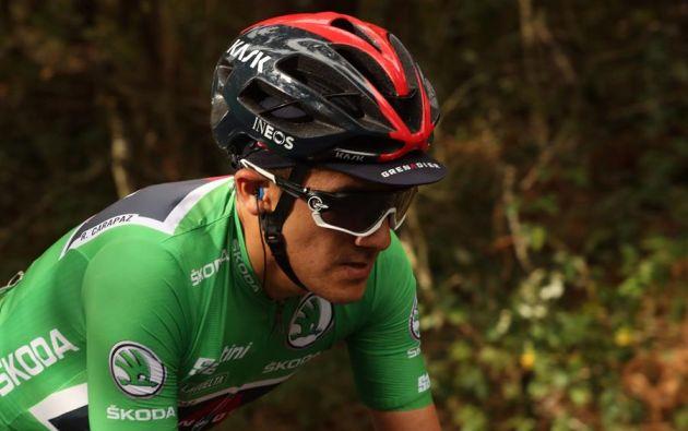 Carapaz, de 27 años, subió al podio junto al esloveno Primoz Roglic (Jumbo Visma), ganador de la Vuelta. Foto: EFE