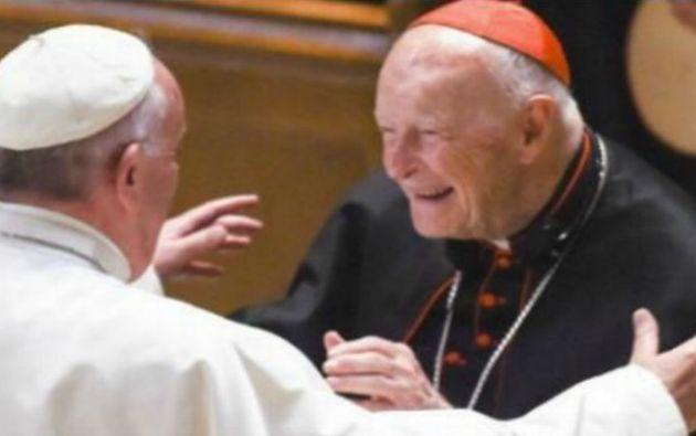 Juan Pablo II, Benedicto XVI y el papa Francisco conocían las denuncias contra McCarrick.