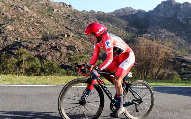 Richard Carapaz todavía no define su calendario de grandes vueltas. Pero ya confirmó su participación en los Juegos Olímpicos. Foto: EFE.