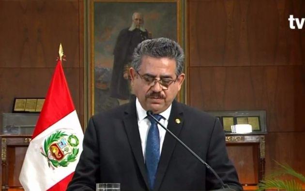 Merino anunció su dimisión en un mensaje televisado a la nación, apenas minutos después de que el Congreso exhortara al mandatario a renunciar.