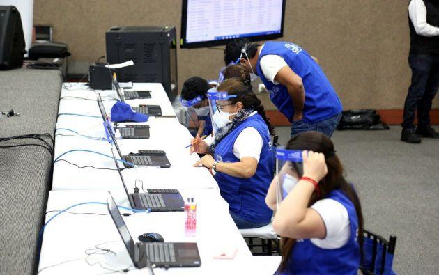 Según datos del ECU911, hasta la fecha se han registrado 22.600 aglomeraciones en actos políticos. Los mítines se distribuyen entre Pichincha (31%), Guayas (29,5%), El Oro (23%) y Manabí (13%).