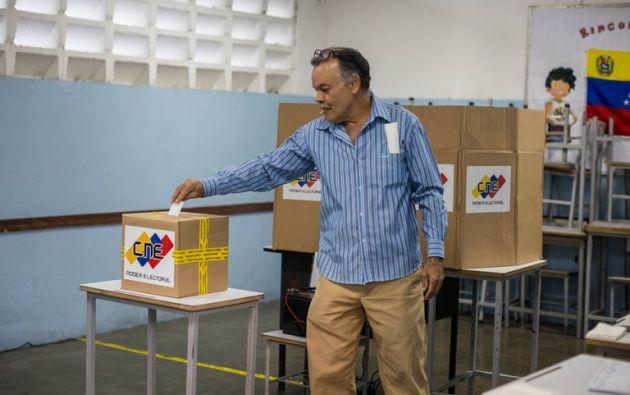 Poco más de 20 millones de venezolanos están llamados a escoger 277 diputados entre unos 14.400 aspirantes. / EFE