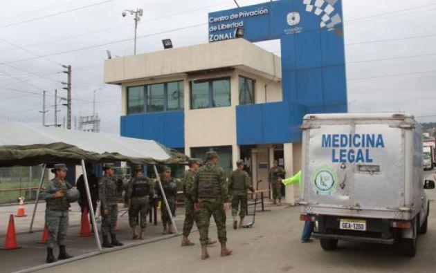 Según las autoridades, es una pugna de poder en el centro de rehabilitación, entre dos bandas internacionales.
