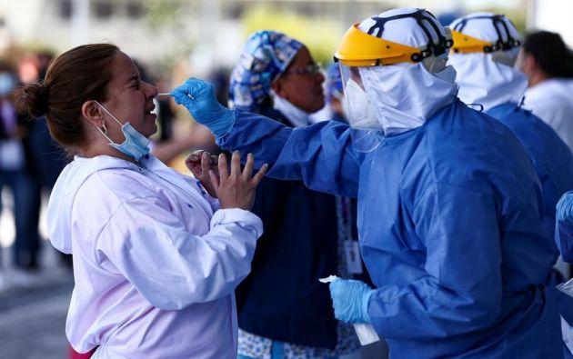 Las predicciones para 2021 dependen en gran medida del éxito de las vacunas. Foto: EFE
