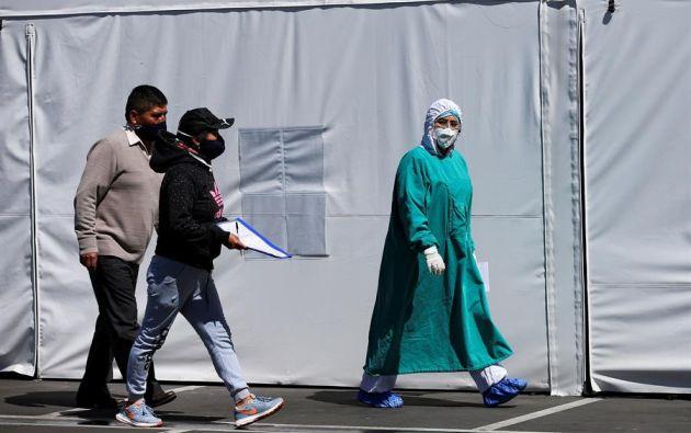 801 personas están hospitalizadas por coronavirus, de las cuales 352 tienen pronóstico reservado. Foto: EFE
