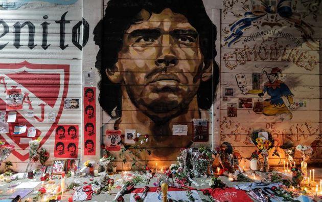 Maradona falleció a los 60 años en el domicilio de la provincia de Buenos Aires en el que se recuperaba de una operación por un hematoma cerebral. Foto: EFE