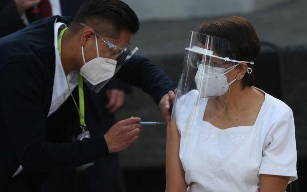 No es buena idea retrasar la vacuna hasta que la pandemia acabe. Foto: EFE