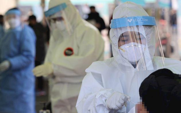 América reporta actualmente 33,9 millones de casos de contagios de COVID-19, Europa, 24,9 millones; y el sur de Asia, 11,8 millones, según las estadísticas recopiladas por la Organización Mundial de la Salud.