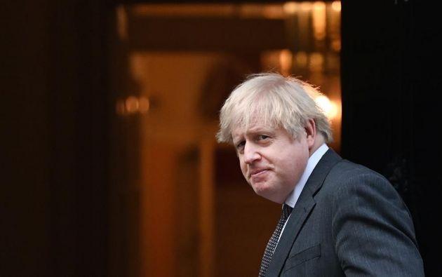 El primer ministro británico Boris Johnson acude al Parlamento en Londres para la votación del acuerdo comercial con la UE. Foto: EFE.
