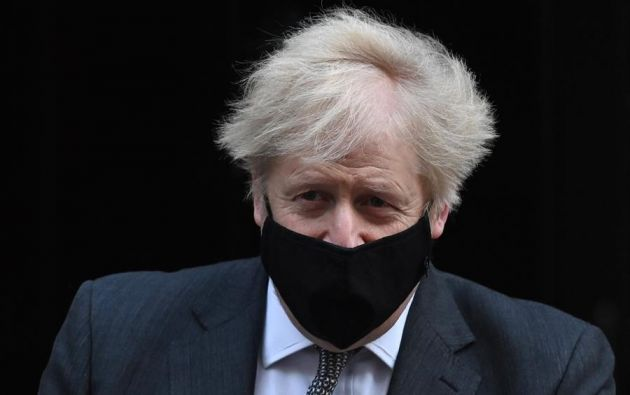 """Boris Johnson instruyó a los ciudadanos a quedarse en sus casas y solo salir """"por motivos limitados"""". Foto: EFE"""