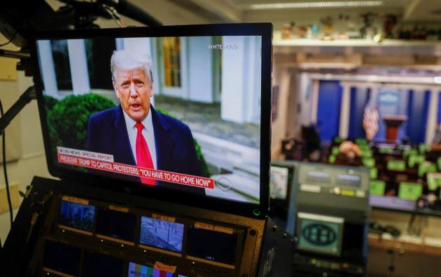 En los próximos días, los demócratas definirán si impulsan el juicio político en contra de Donald Trump. El presidente electo Joe Biden no se ha pronunciado. Foto: EFE.