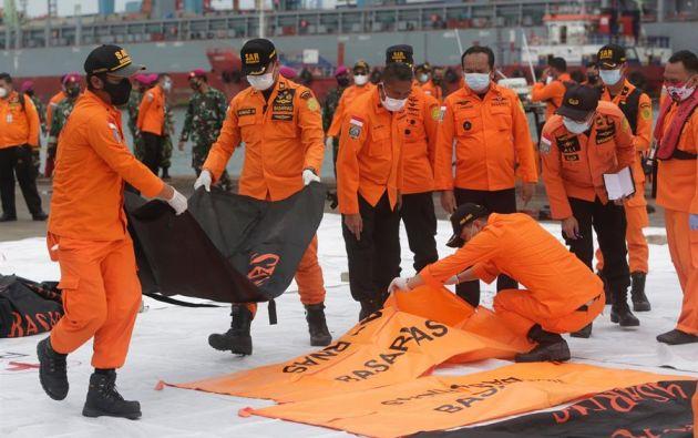 El accidente del avión de Sriwajaya es el último de un largo historial de siniestros aéreos del vasto archipiélago indonesio y ha afectado a la tercera aerolínea del país. Foto: EFE.
