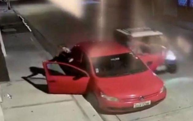 El 5 de septiembre pasado, Roberto Malta se disponía a abordar su auto cuando fue arrollado por un vehículo eléctrico.