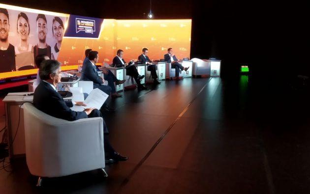 Para cada pregunta los candidatos tendrán dos minutos para desarrollar su respuesta.