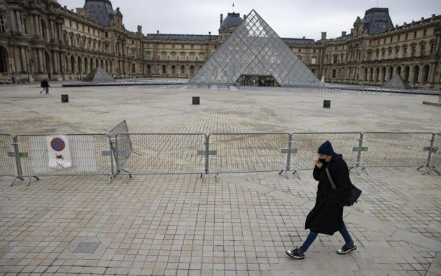 Francia registró en las últimas 24 horas 23.608 nuevos casos del coronavirus y 369 muertes en hospitales. Foto: EFE