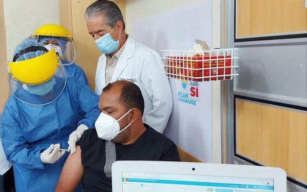 La llegada de esta brigada de salud al geriátrico privado provocó el cuestionamiento de médicos.