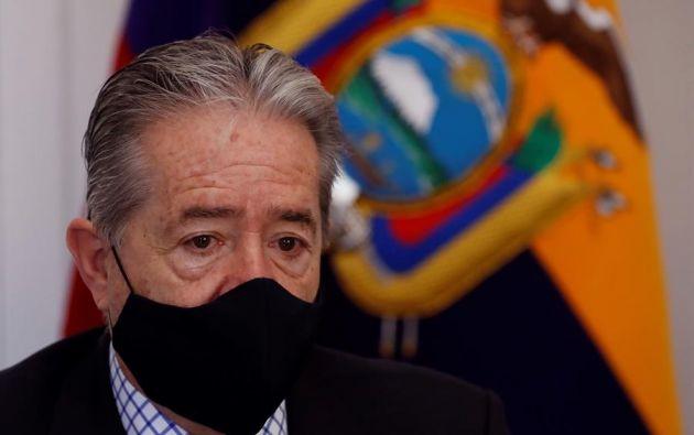 """""""Lo hice en mi calidad de ministro de Salud, en mi calidad de doctor y en mi calidad de hijo"""", justificó Zevallos. Foto: EFE"""