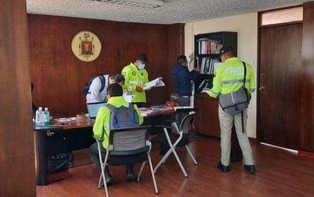 Funcionarios de la Secretaría de Salud habrían ocultado documentación sobre irregularidades en la compra de pruebas. Foto: Fiscalía.