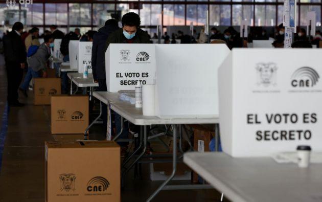 La votación en España para los 179.614 ecuatorianos habilitados está prevista en 19 localidades. Foto: API