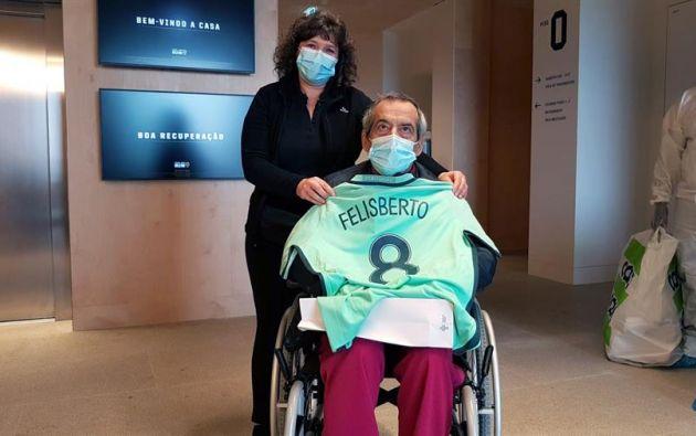 Felisberto, uno de las pacientes que se ha recuperado del coronavirus en la unidad de retaguardia para acoger enfermos en la última fase de recuperación en la Casa dos Atletas de la Federación Portuguesa de Fútbol. Foto: EFE.