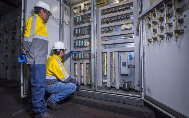 Unacem Ecuador trabaja en diversas estrategias que buscan garantizar el acceso universal a servicios energéticos asequibles, fiables y modernos.