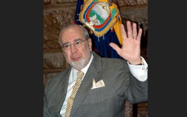 Durante su mandato, Gustavo Noboa ratificó el proceso de dolarización en el país. Foto: EFE