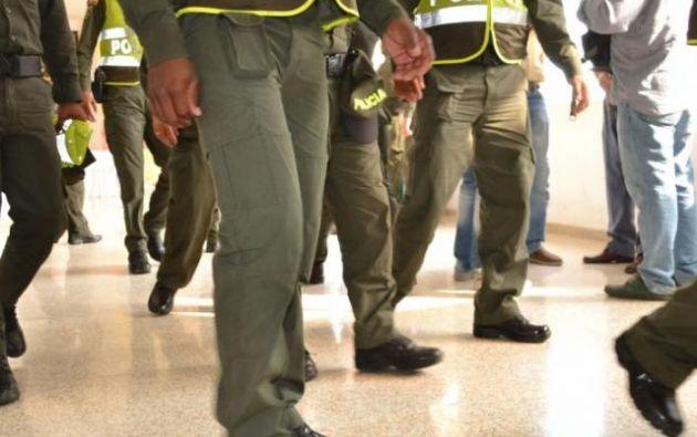 Los agentes fueron interceptados por desconocidos que sin mediar palabra los atacaron.
