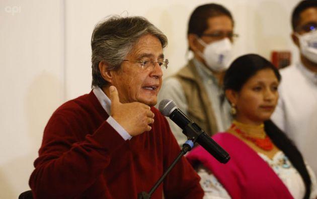 El candidato Lasso asegura que vacunará a 9 millones de ecuatorianos en 100 días. Foto: API.