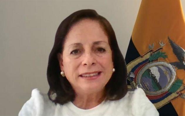 La ministra Montserrat Creamer no espera un regreso completo a las aulas este 2021. Foto: EFE